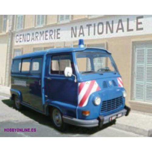RENAULT ESTAFETTE -Gendarmerie- 1/24 - Heller 80742