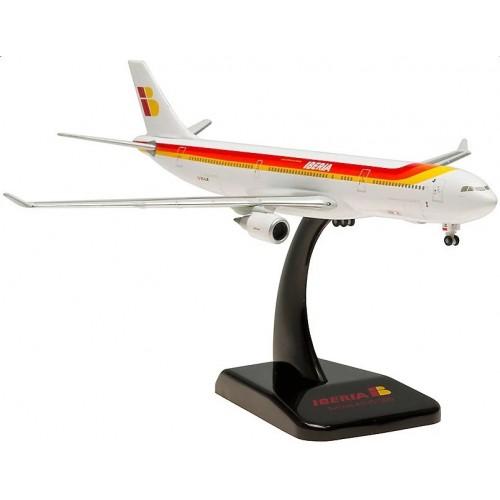 Coleccion: AIRBUS A330-300 IBERIA (EC-LUB) -Escala 1/400- Hogan Wings 5439