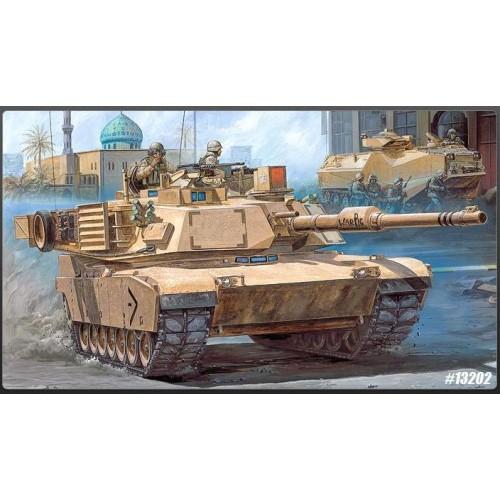 CARRO DE COMBATE M-1 A1 ABRAMS IRAK 2003 escala 1/35