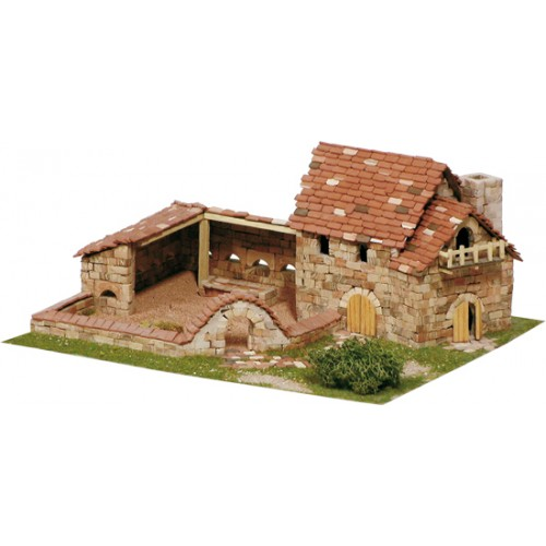GRANJA (140 x 285 x 250 mm) S/Escala