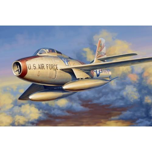 REPUBLIC F-84 F THUNDERSTREAK -Escala 1/48 - Hobby Boss 81726