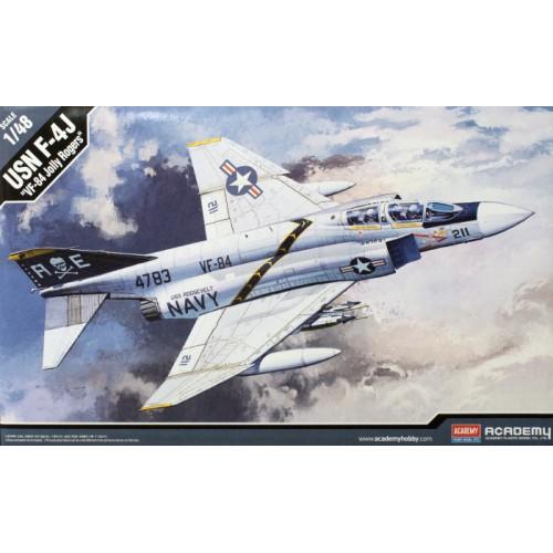 McDONNELL DOUGLAS F-4 J PHANTOMM II VF-84 Jolly Rogers -Escala 1/48- academy 12305