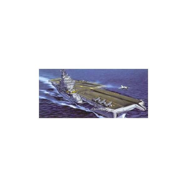 PORTAAVIONES CHARLES DE GAULLE -Escala 1/400- HELLER 81072