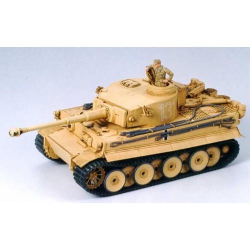 CARRO DE COMBATE SD.KFZ.181 TIGER I (Africa Korps) -Escala 1/35- Tamiya 35227