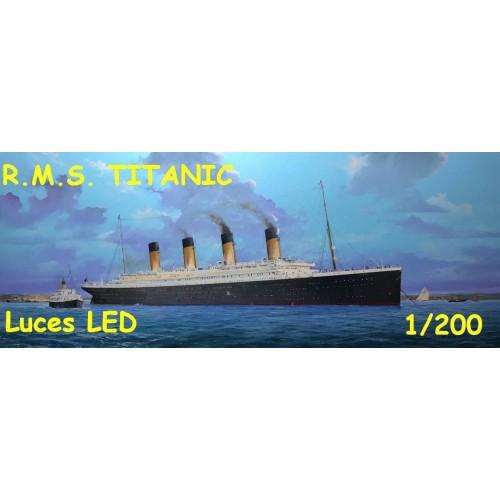 TRANSATLANTICO R.M.S. TITANIC (Luces LED)1/200 - Trumpeter 03719