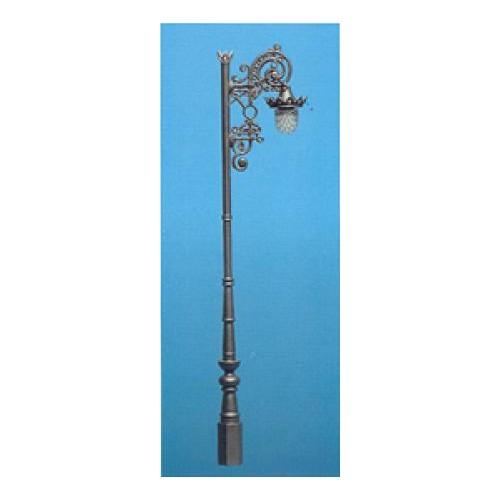FAROLA ANTIGUA DE MALLA (Al: 115 mm) -Escala H0 / 1/87- Aneste 7050